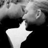 kimmylivia: (6B kiss B&W)