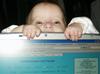 jenrose: (laptop munching)