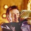 sumeria: Ten and Rose, hugging (Ten/Rose, NewWho)