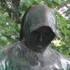 wonderingmagic: Anonymous Statue (Default)