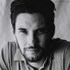 electric_heart: Actor Ben Barnes in black & white staring into the camera (Noah Mason)