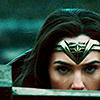 electric_heart: Wonder Woman stealthily from the nose up (Wonder Woman)