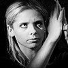 electric_heart: Buffy in Black & White catching a sword between her hands (Buffy)