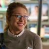 dapatty: Kara Danvers with an awkward smile. (Kara awkward)