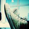 swankkat: ten's converse (ten wears chucks)