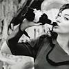 poppyf: Regina Spektor in the Us video (regina 1)
