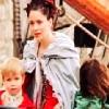 stolehispurse: (With children)