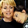 thena: (SG-1 - Sam/Vala hugs)