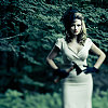 ria: Lady in 40s/50s style era clothing. (pretty lady)