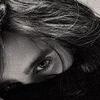 kate: Jared plays peekaboo (RP: Jared Leto peekaboo)