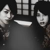 floweranza: (arashi shonino b&w.)