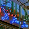 mackiedockie: (Le Blues Bar)