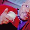 runawayskellum: Benjamin Sisko happy with a baseball (no YOU the man!)