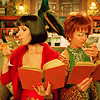 skygiants: the aunts from Pushing Daisies reading and sipping wine on a couch (wine and books)