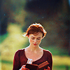 legoline: (Pride & Prejudice 2005 - Lizzy Reading)