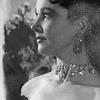 une_femme_fatale: (Viv profile Anna Karenina//Vivien Leigh)