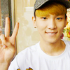 minhyuk: (peacesign key)