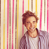 pennyroyal: Robert Pattinson is happy (RPattz: Squee!)