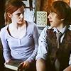 courageous_wit: (Ron: Awkward)