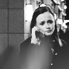 gilmore: (tv → gilmore girls; rory phone)