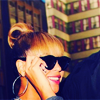 timeasmymeasure: close up of beyonce wearing large black shades (beyonce: stunner shades)