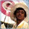 copracat: Klinger in a yellow frock, gauzy sun hat, carrying a pink and white parasol (boyinnafrock-bailunrui)