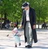 ailbhe: (paris, linnea in paris with daddy)