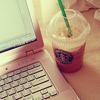 leenielou: (laptop & coffee)