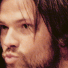 nothingscripted: (padalecki; smooches)