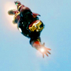 bennet_7: (Iron Man: Suit reaching out)