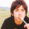 nino: Nino (Nino eating)