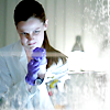 whiteravengirl: science is fun; gloves are difficult. (miss sarah's a dancer.)