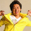 tani: Ohno's 'I'm awesome' face with a bright yellow jacket (ohno)