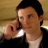 kalel_ofkrypton: (On the phone)