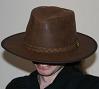 pseudomonas: Me, underhat. (happy, hat)