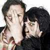 girlanachronism: Noel Fielding and Julian Barrat close-up, peering through their fingers (The Mighty Boosh)