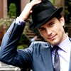 sholio: Neal from White Collar, hand on hat (WhiteCollar-Neal hat)