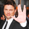 tinpantithesis: Karl Urban giving the Vulcan salute. (mccoy love)
