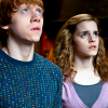 schmevil: (ron and hermione)