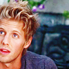 finnick_odair: (cropped)