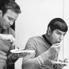 laughingrat: Shatner&Nimoy eating, in costume (FUD)