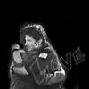 mirabile: (Hug)