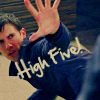 arthoniel: (Heroes- High five!)