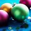 st_aurafina: (Christmas: Shiny balls)