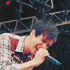 strina: brendon urie singing into microphone - textless (brendon - sing)