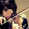 kiki_eng: Laena Geronimo of The Like playing violin (Laena playing violin)