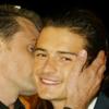 kisahawklin: Viggo giving Orli a kiss (RP: viggorli kiss)