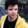 shoveltoface: (Shaggy - yellow hoodie)