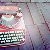 leia_writes: A pink typewriter (typewriter)