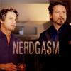 embroiderama: (Avengers - Bruce & Tony nerdgasm)